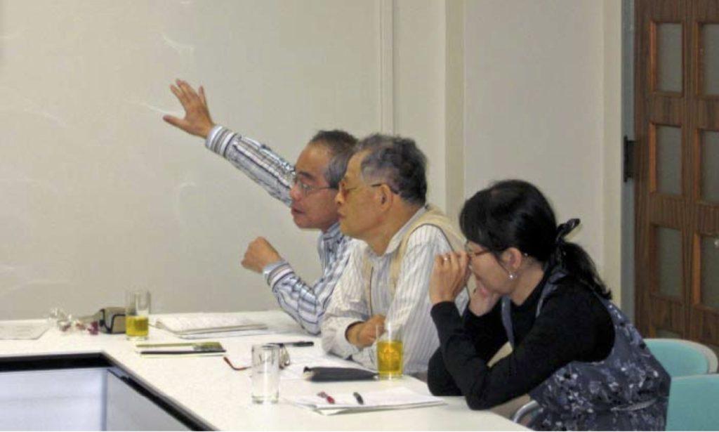 写真4:「若手研究会」に参加した「プゥー・スーング・アーユ」の会員